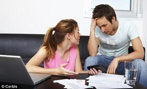 Couple fighting over bills
