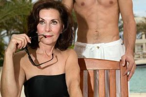 Sexual Attraction To Older Women Linda Franklin The Real Cougar Woman